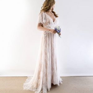 Boho Wedding Dress 2019 V Neck Cap Sleeve Lace Beach Wedding Gown Cheap Backless Custom Made Free Shipping Bride Dresses